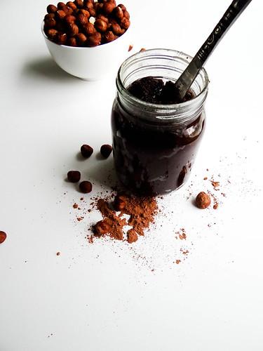 DIY kitchen series: chocolate hazelnut spread