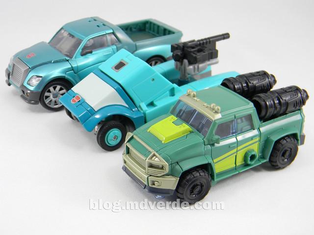 Transformers Sargeant Kup - Prime RID - modo alterno vs United vs G1