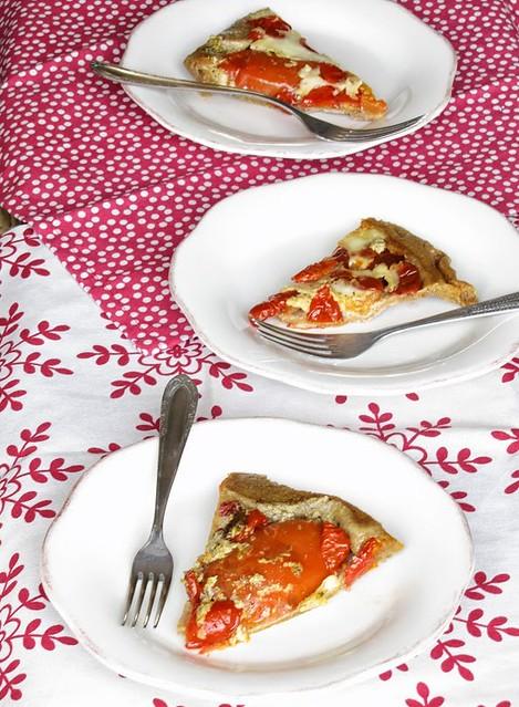 Tatin Integrale di Pomodori ripieni al Pesto di Pistacchi e Cacio Bucato