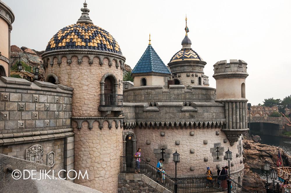 Tokyo DisneySea - Mediterranean Harbor / Fortress Explorations / Towers and Turrets