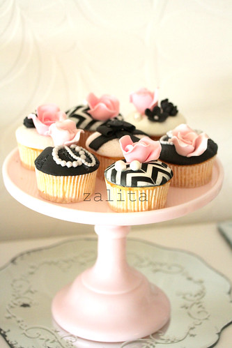 french inspired cupcakes by {zalita}