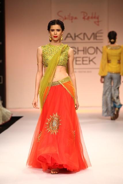 Designer Shilpa Reddy LFW WF 2013 (32)