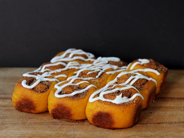 Cookistry: Pumpkin Sweet Swirl Buns