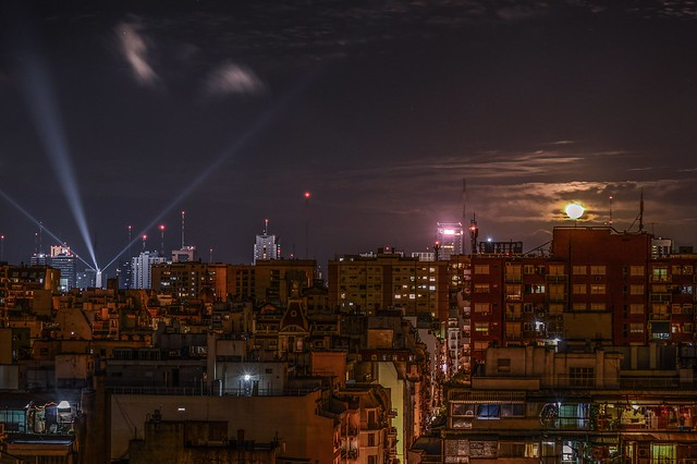 Moonrise in Buenos Aires