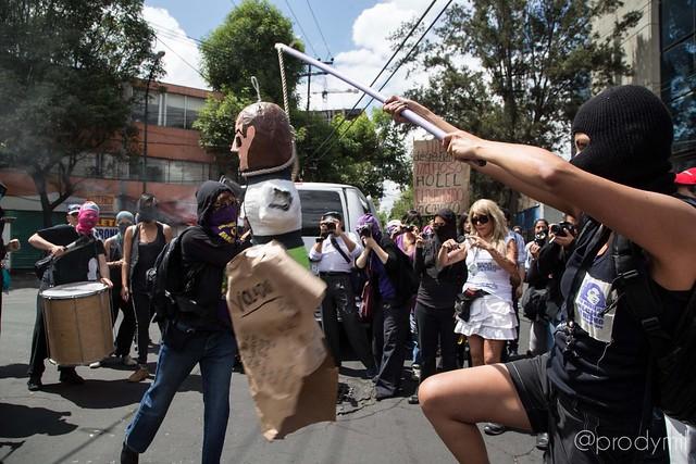 2014/03/09 Ruta contra la Injusticia y Clausura del Hotel Alcazar