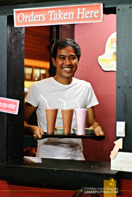 Friendly Service at Papa Rock's Burger in Marikina