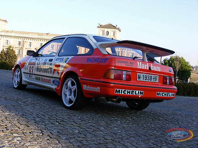 Ford Sierra RS Cosworth by Roberto Frios