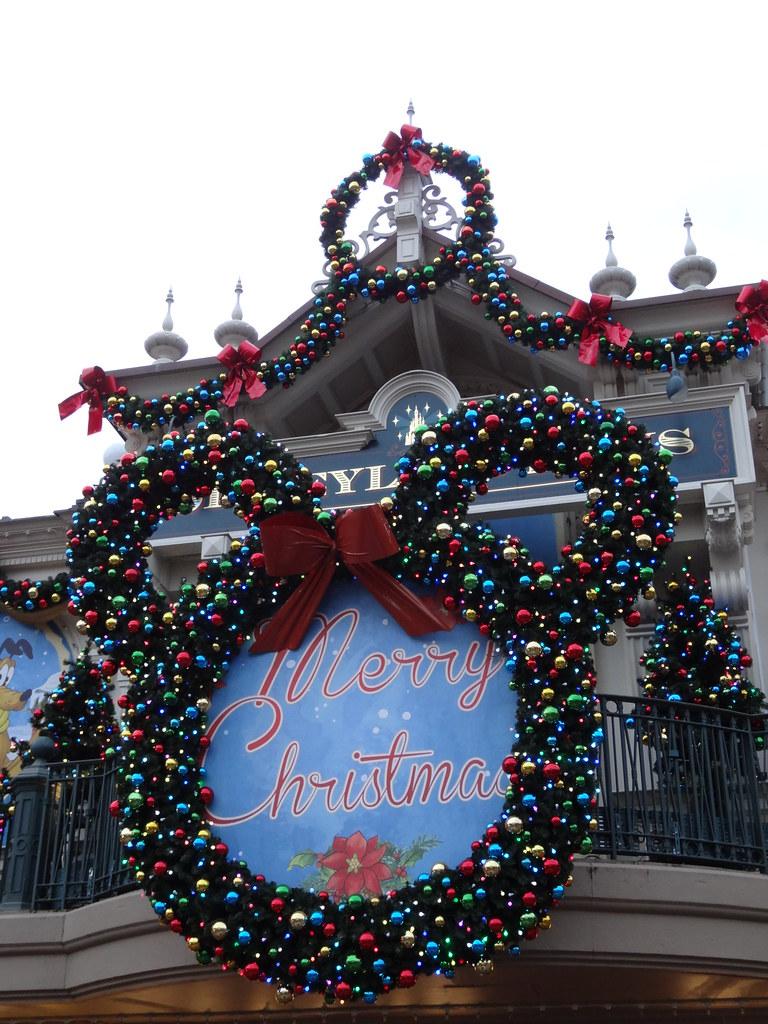 Un séjour pour la Noël à Disneyland et au Royaume d'Arendelle.... - Page 4 13695749143_ced34a26aa_b
