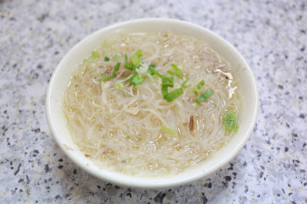 20140404萬華-香佳旗魚米粉 (10)