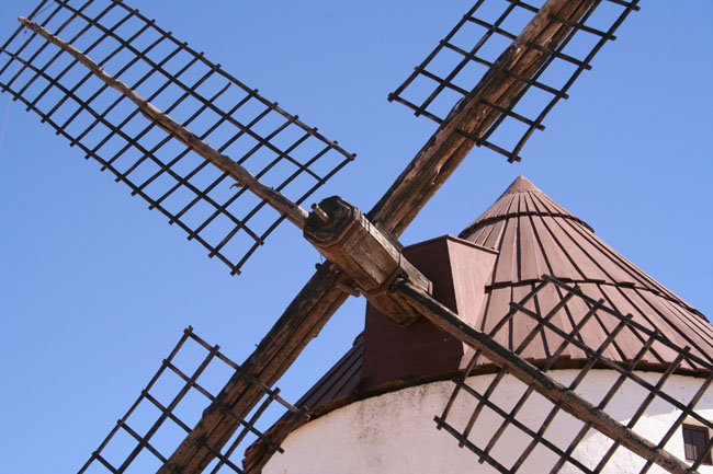 Molinos de viento en Mota del Cuervo. © Paco Bellido, 2005
