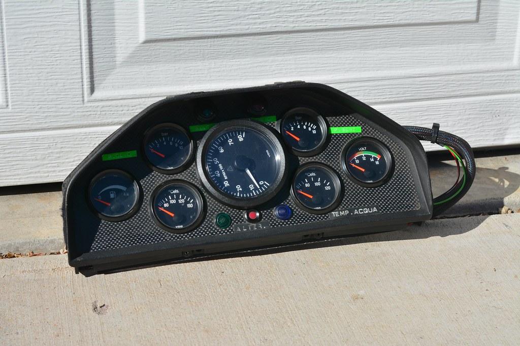 e30 m3 race car gauge cluster