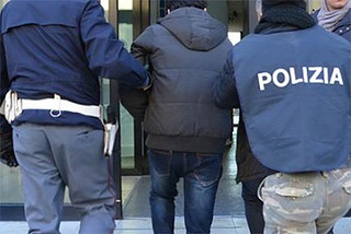 polizia di stato arrestato