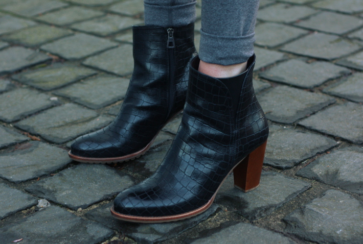 zinda croc ankle boots