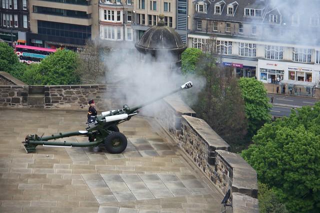 1:00 Cannon - Edinburgh Castle