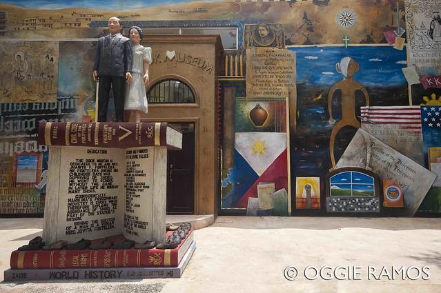 Marikina Book Museum - Leo Aguinaldo Facade Mural