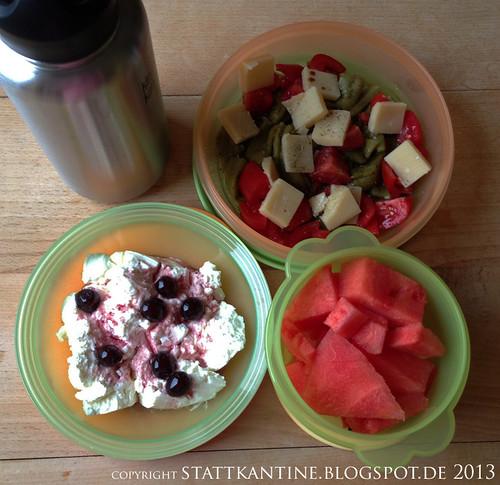 Stattkantine 24. Juni 2013 - Bohnen-Tomaten-Parmesan-Salat, Wassermelone, Quark