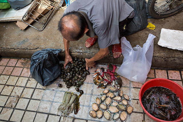 Wet market in the streets of Guangzhou, China.