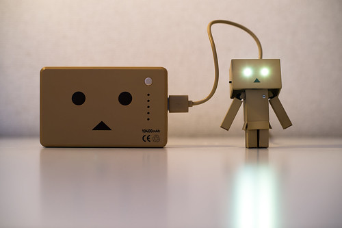 Recharging Danbo Power - 無料写真検索fotoq