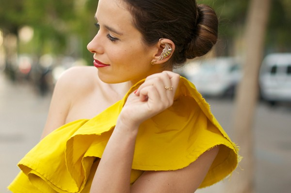 ear-cuff-macarena-de-gealanvin_HM-yellow-dress-looks-outfits-street_style-9_zpsd962a759