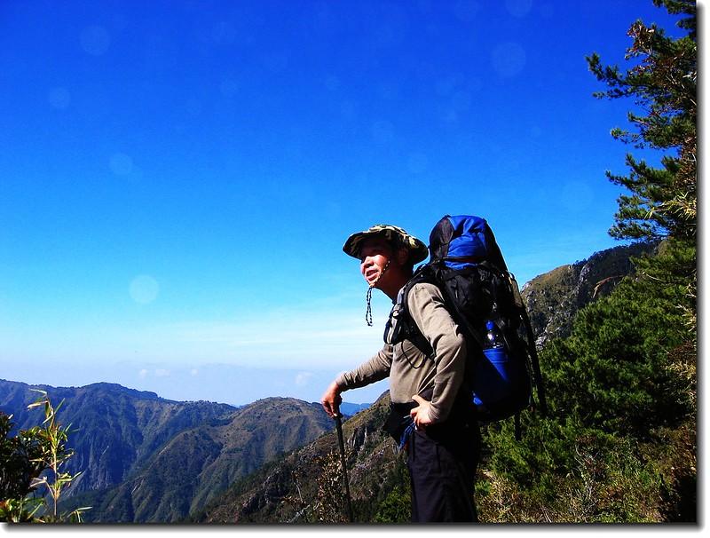 赴排雲山莊途中 3