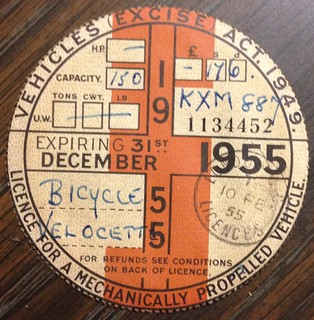 GREAT BRITAIN 1955 ---MOTORCYCLE TAX DISK FOR LICENSE PLATE #KXM887