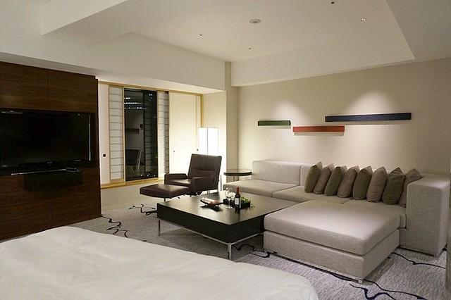 junior suite - hilton tokyo - hiltonhoteldeals (34)