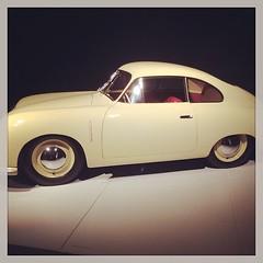 model car(0.0), automobile(1.0), automotive exterior(1.0), wheel(1.0), vehicle(1.0), automotive design(1.0), porsche 356(1.0), mid-size car(1.0), subcompact car(1.0), compact car(1.0), land vehicle(1.0), sports car(1.0),
