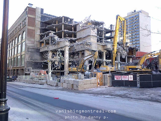 Hotel de la Montagne demolished