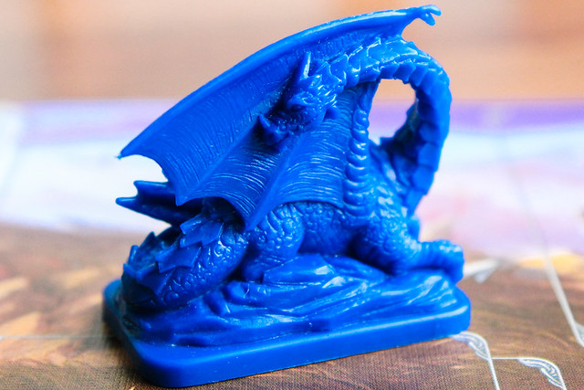 Sininen lohikäärme.