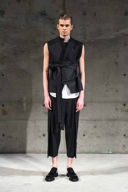 FW14 Tokyo Sise002_Frederik Tolke(Fashion Spot)
