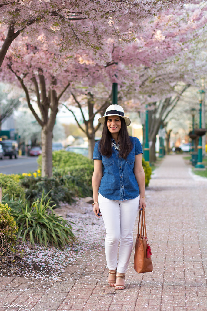 white jeans, chambray shirt, panama hat.jpg