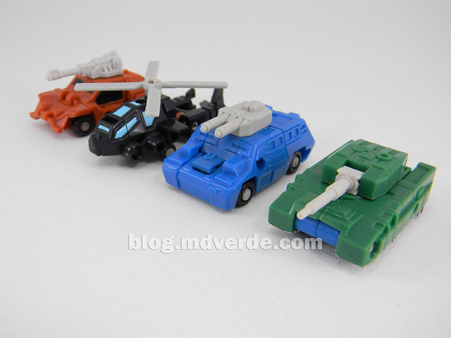 Transformers Micromaster Military Patrol (Bombshock, Tracer, Dropshot, Growl) - Transformers G1 Micromasters - modo alterno