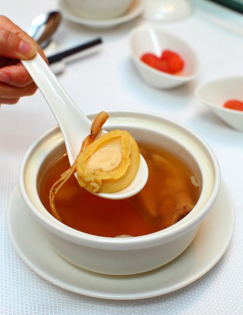 Yuk-Sou-Hin-Double-Boiled-Chicken-Soup