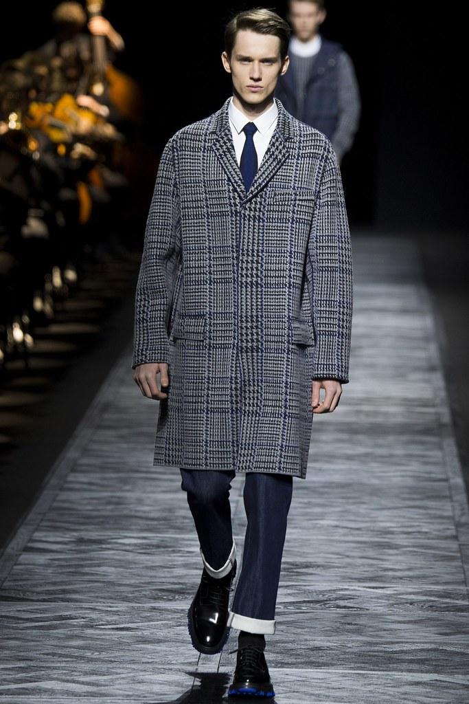 Yulian Antukh(Antuh)3105_FW15 Paris Dior Homme(VOGUE)