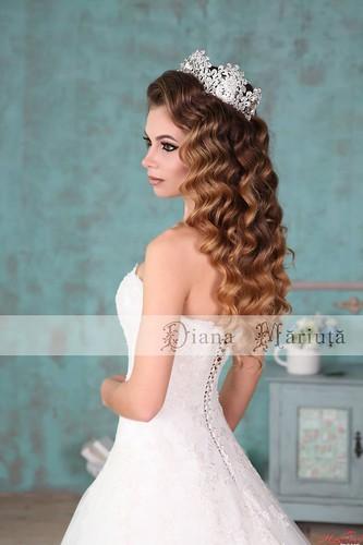 Идеальные причёски для особенных невест от Дианы Мэриуцэ