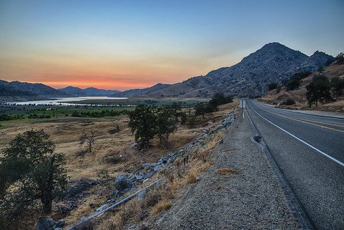 road trees sunset lake mountains water day sequoianationalpark lakekaweah pwpartlycloudy