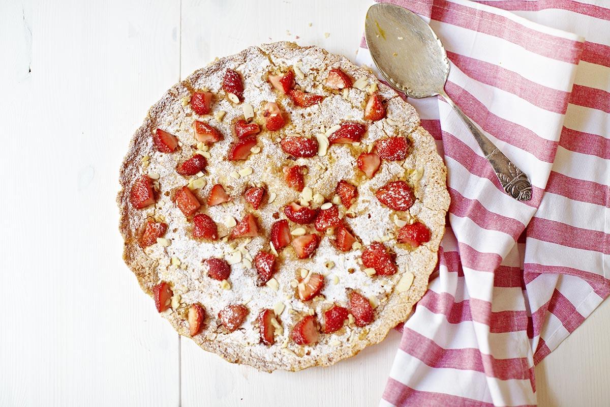 Strawberry cake_IMG_1065SabrinaRossi