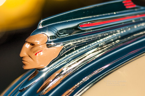 1941 pontiac hood ornament