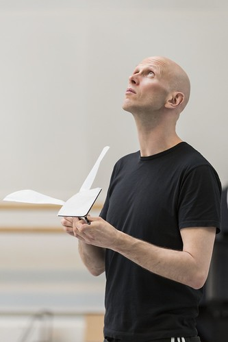 Wayne McGregor in rehearsal for Raven Girl © ROH/Johan Persson, 2013