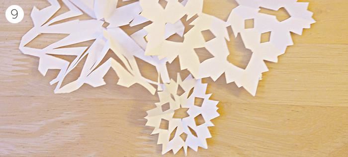 diy christmas paper snowflakes garland tutorial 6