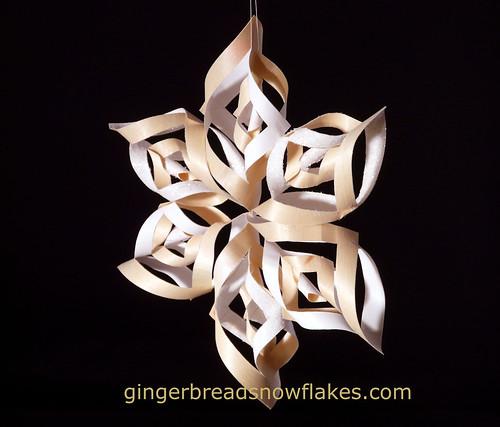 Wood snowflake