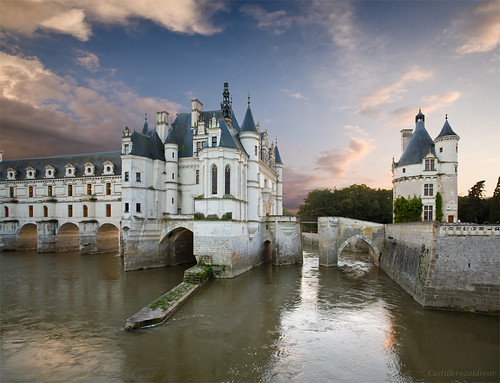 world blue windows sunset sky france tree castle heritage water clouds río wow de la medieval worldheritagesite holliday francia castillo chenonceau chateaux loira humanidad patrimoniodelahumanidad valledelloira sitepatrimonio hunesco castillerozaldivar manuelzaldivar