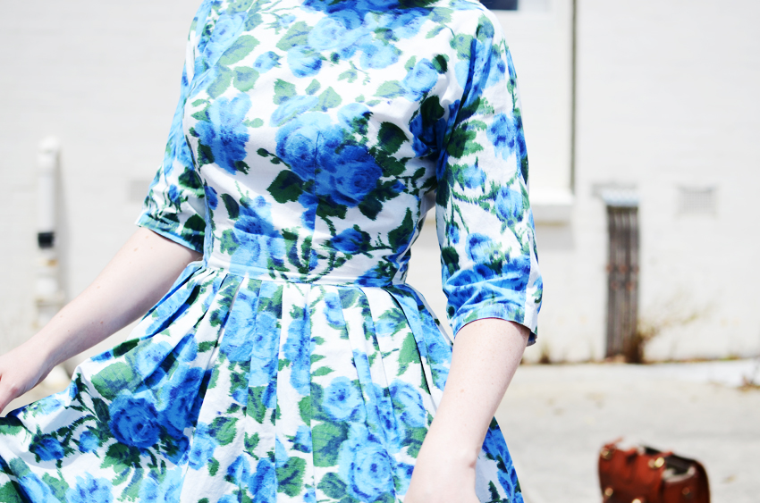 blue-floral-dress-mirror f