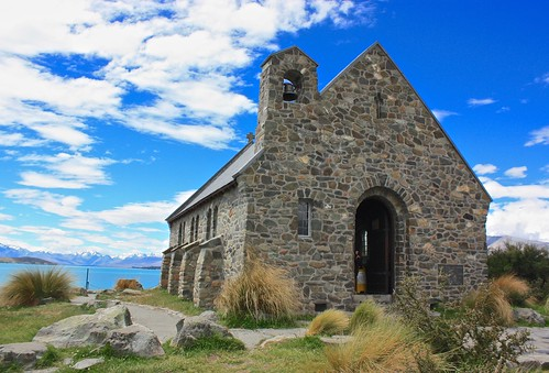Church of the Good Shepherd in front of Lake Tekapo