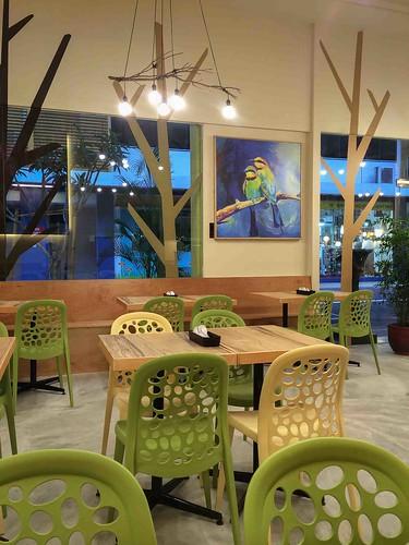 nature_cafe_interiors
