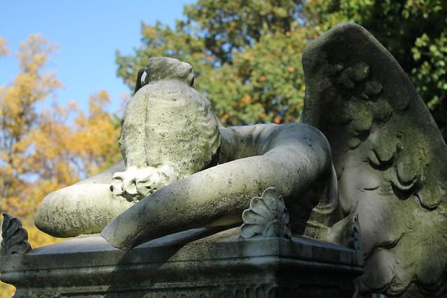 Weeping angel sculpture, Green-Wood Cemetery, New York