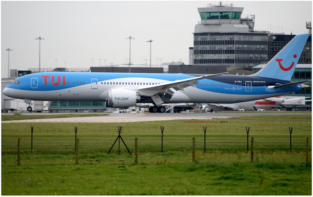 G-TUIJ - B789 - TUI Airways
