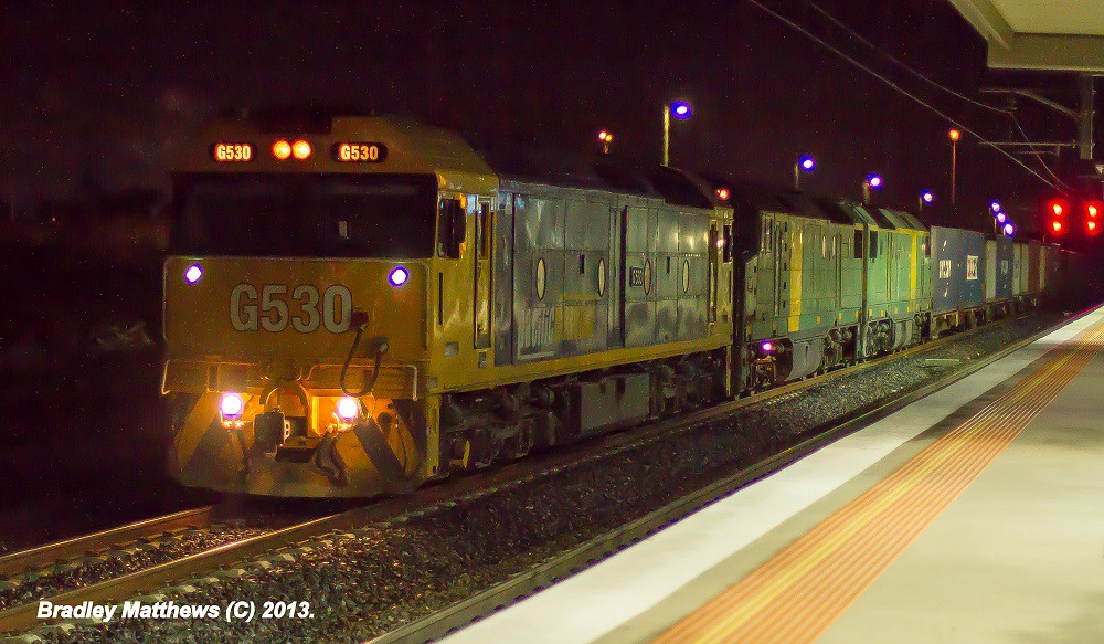 G530 (PN)-DL48 (AN)-DL43 (AN) on 7MC2 to Junee/Griffith at Somerton Loop (18/5/2013) by Bradley Matthews