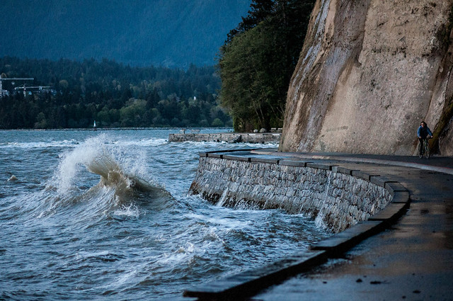 April 29 2013 - Waves on the Seawall