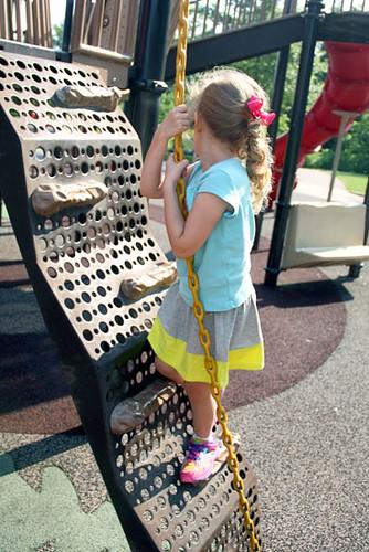Aut-Climb-Chain